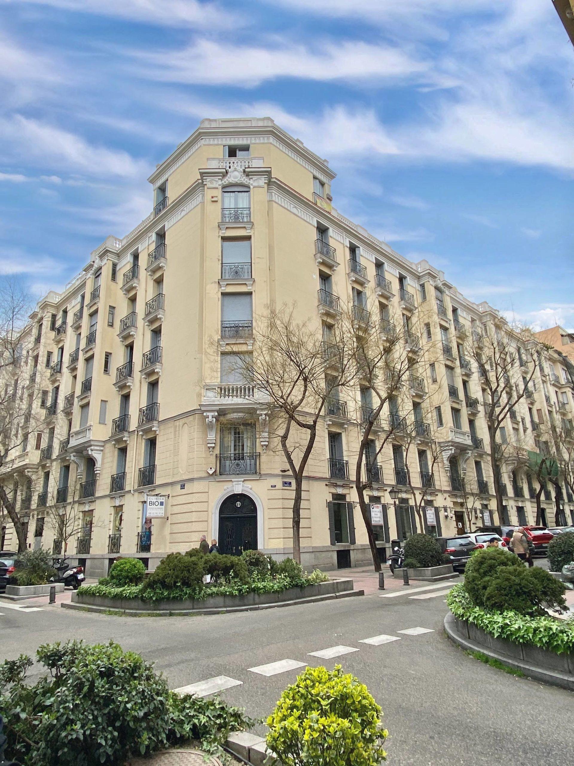 Barrio Salamanca (Madrid)- Calle Hermosilla